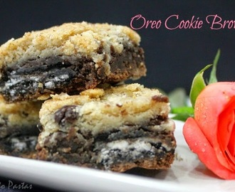 Eggless Oreo Cookie Brownies
