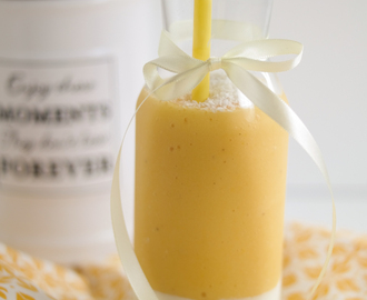 """Smoothie Tuesday"": Tropischer Smoothie mit Mango und Maracuja"