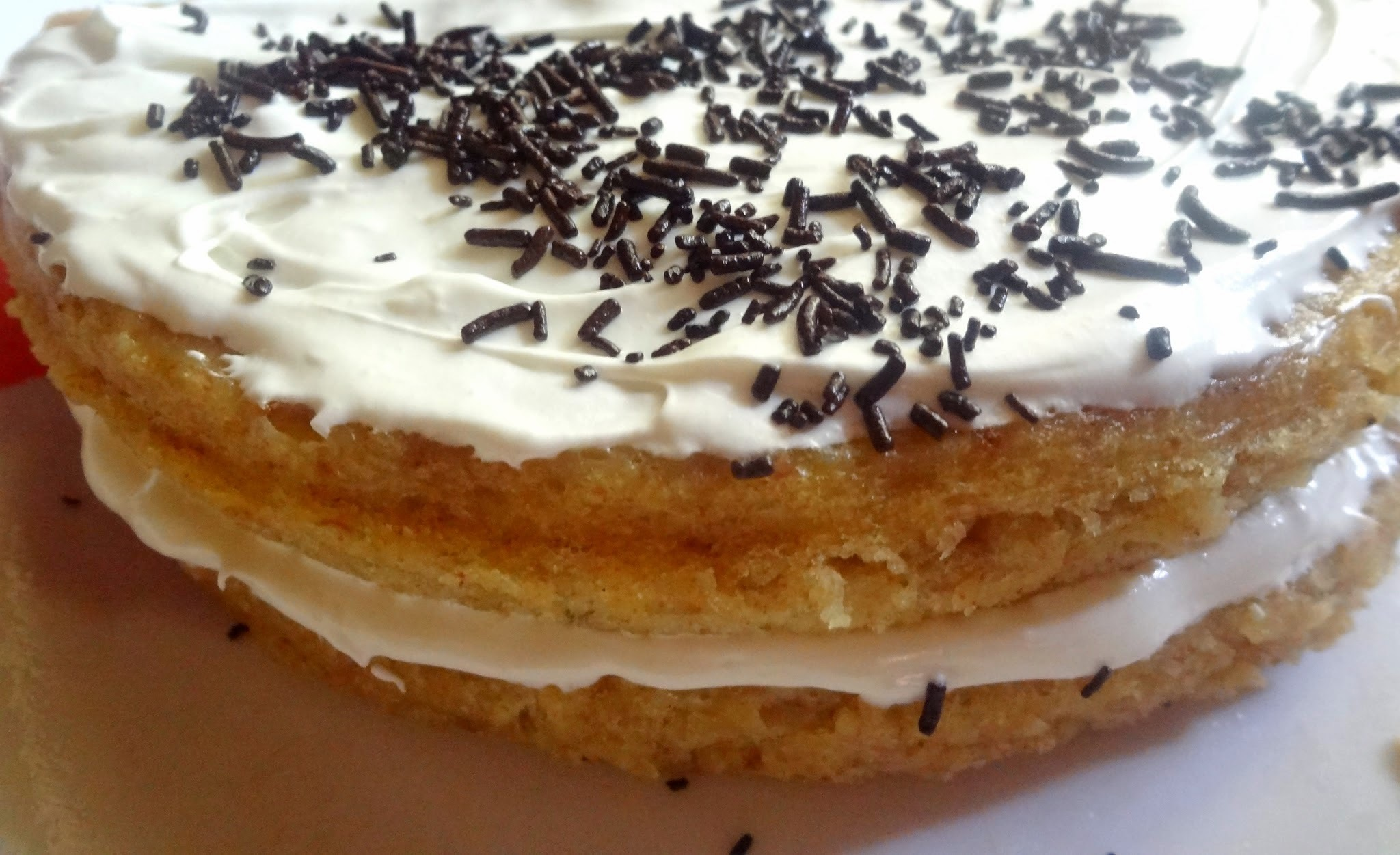 STEAMED BANANA PUDDING CAKE WITH WHIPPED CREAM  ( EGGLESS)