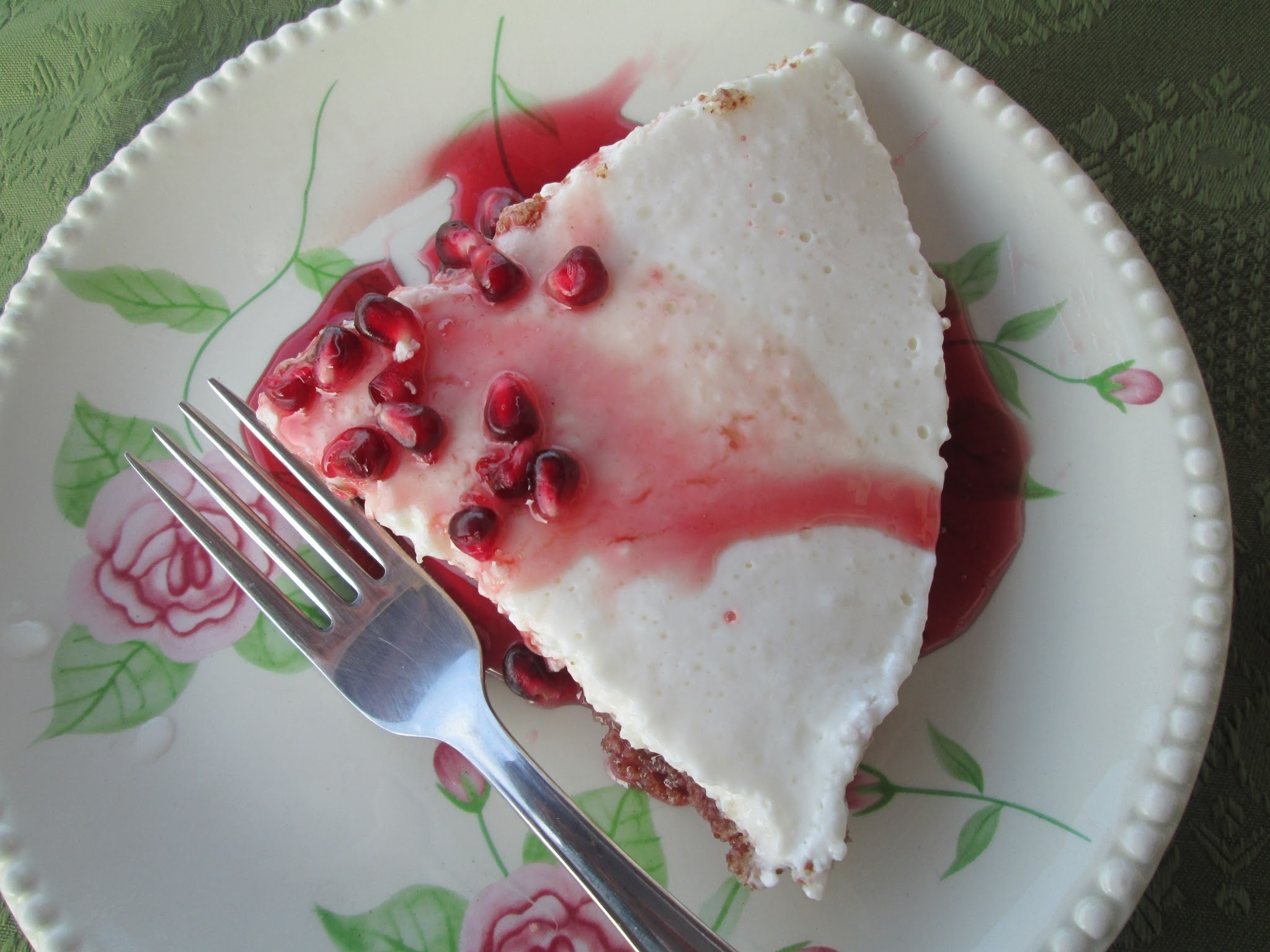 Greek yogurt cheescake with pomegranate Syrup