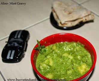 Aloo -Mint Gravy (Potato-Mint Gravy)