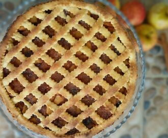 Egg Free Apple Pie with Cranberries and Raisins