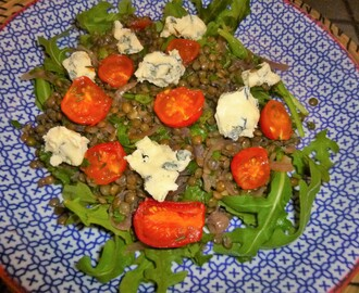 Blue Cheese and Roasted Tomato Lentil Salad Recipe – spaulyseasonalservings