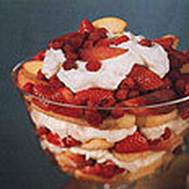 Peach and Berry Trifle