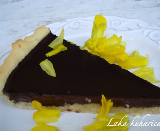 Nježna pita s čokoladom :: Tender chocolate pie