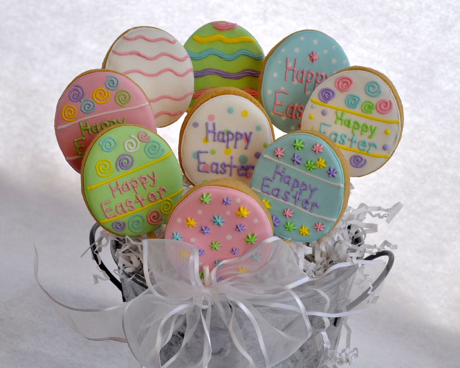 Easter Egg Cookie Pops