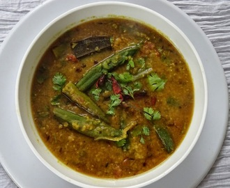 Dal Cooked With Okra/Dal Jang Bhendi