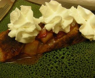 Pear, Rhubarb and Strawberry Strudel - so Easy!