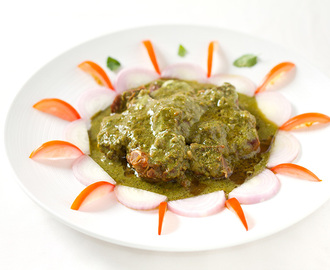 Hara Mutton Korma – Mutton cooked in green herbs and spices
