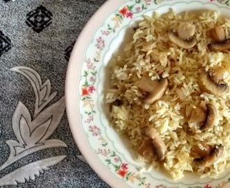 Mushroom Pulao Recipe | Kumbh Pulao | Easy Lunchbox Recipes