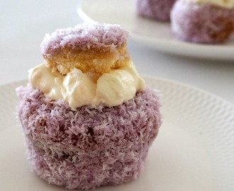 Jelly Cakes with Cream