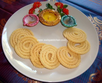 Thengai Paal  Murukku Recipe / Coconut Milk Murukku Recipe