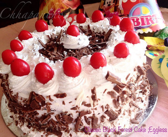 Eggless, Classic Black Forest Cake