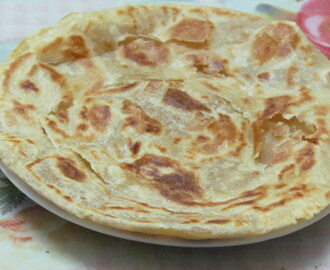 Lachcha Parantha (Pan Fried Indian Bread With Ringlets)