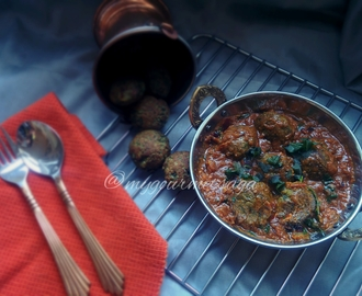 Kale & Potato dumplings in spicy tomato onion gravy-non fried version