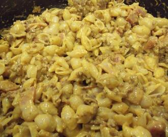 Quick and Easy Skillet Cheeseburger Macaroni