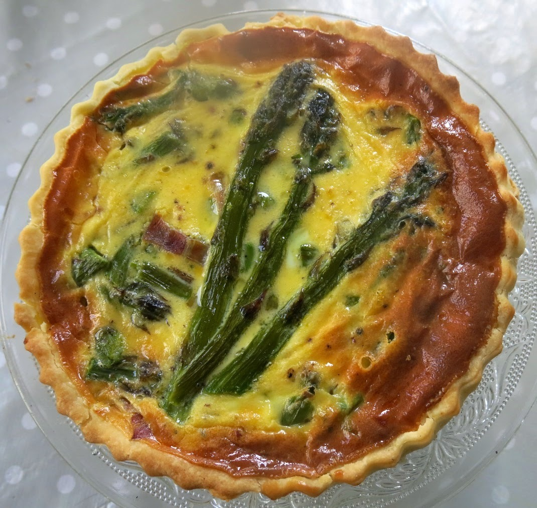 Quiche de bacon i espàrrecs verds