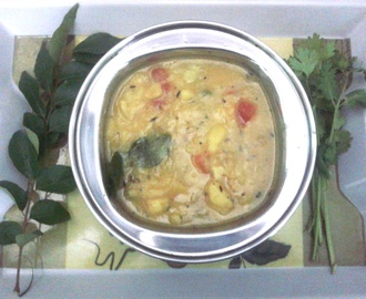 Potato kurma : vegetarian | Famous Indian Recipes | Aloo kurma