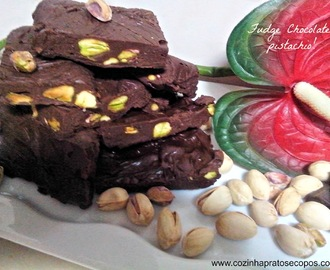 Fudge chocolate e pistachio!