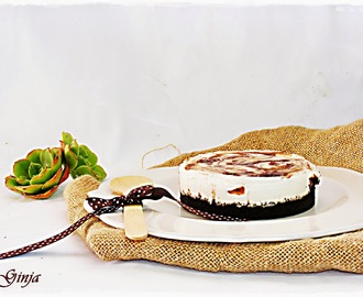Cheesecake marmoreado de chocolate