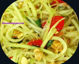 THAI VEGETARIAN GREEN PAPAYA SALAD