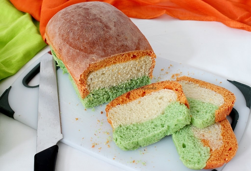 Tiranga Bread : Independence day special
