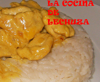PECHUGA DE POLLO AL CURRY CON ARROZ