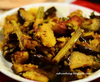 Potato Eggplant Curry with Drumsticks - Sojne Data diye Begun Aloo Torkari