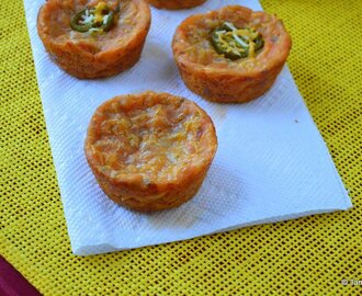 Eggless Veggie Pizza Muffin