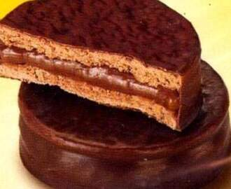 Alfajor com Doce de Leite de Chocolate