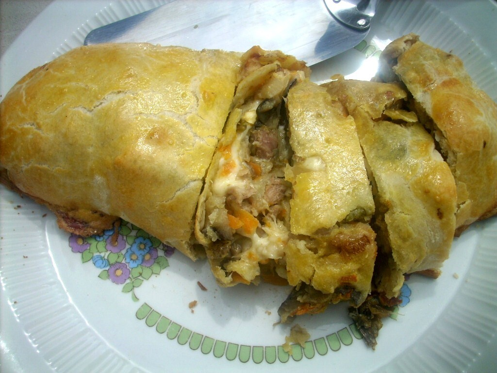 Chicken and veggies Strudel   (Hna.Bernarda)