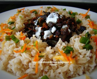 Bhindi (lady finger) Fry with Brown rice and curd