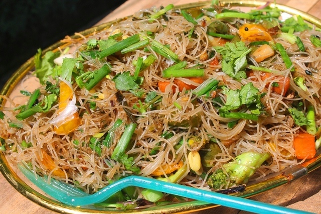 Stir Fried Rice Noodles Recipe - Vegetarian Rice Noodles Recipe