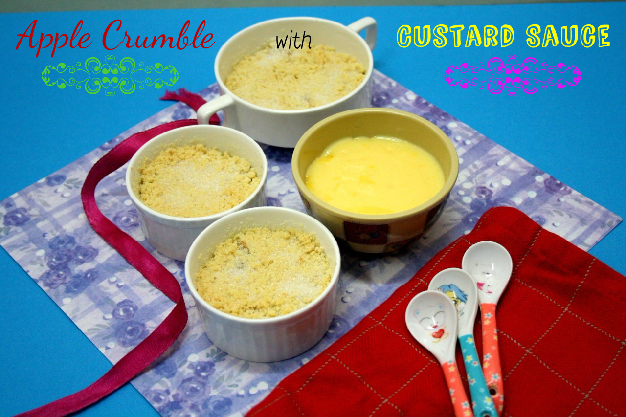 Apple Crumble with Custard Sauce