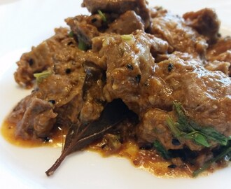 Achari gosht – curry d'agneau aux épices pickles – Pickles spiced lamb curry