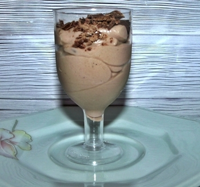 Mousse fácil de chocolate