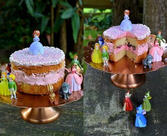 Princess for a (Rainy) Day: Mini Sofia the First Cake