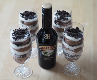 Baileys, oreo and cream dessert