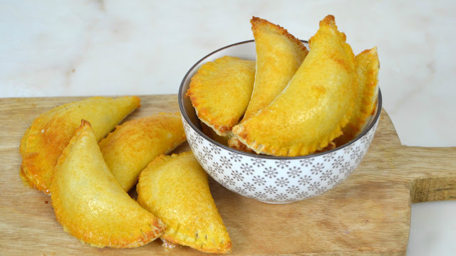 Empanadillas de queso con pan de molde