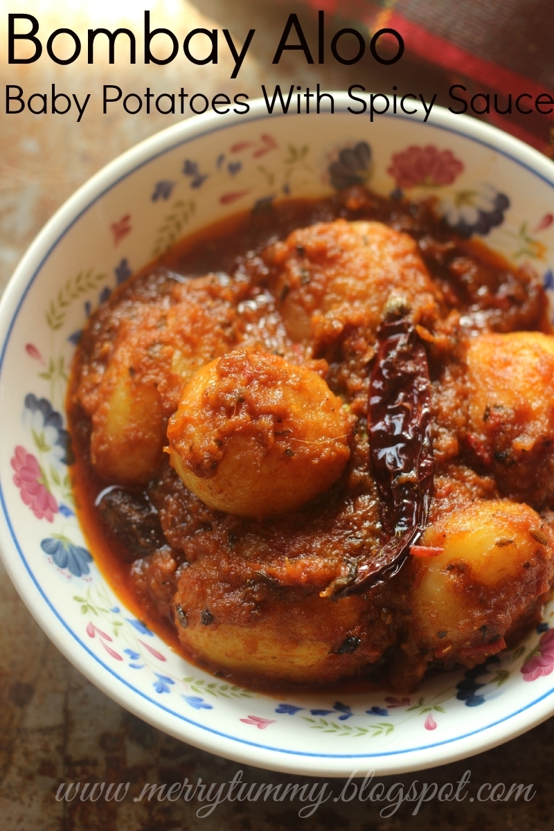 Bombay Aloo, Baby Potatoes Cooked With Spicy Sauce