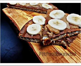 Healthy banana omelette - Fit Food Brunette