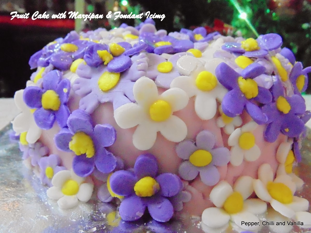 Fruit Cake with Marzipan and Fondant Icing Recipe & Decorations Tricks.