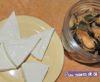 DIP DE MEJILLONES CON QUESITOS