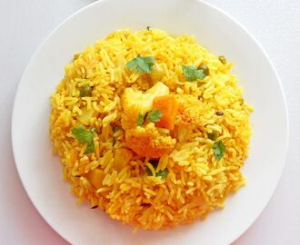 Easy Vegetable Pulao In Pressure Cooker /Tahiri Pulao