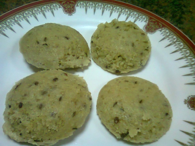 Instant Coriander Oats Idli ~ Healthy and Nutritious