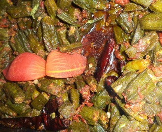 LADIES FINGER  TOMATO MASALA CURRY/BHINDI TAMATAR MASALA