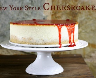 NEW YORK STYLE CHEESECAKE CON MERMELADA DE FRESA CASERA