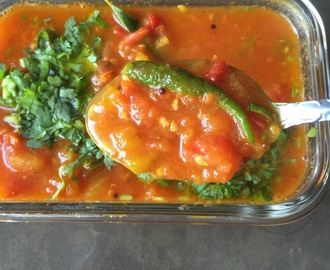 Easy Tomato Gothsu (Tomato Stew) – without onion or garlic