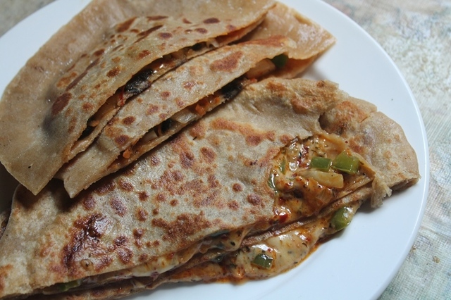 Pizza Paratha Recipe - Cheese Stuffed Paratha Recipe