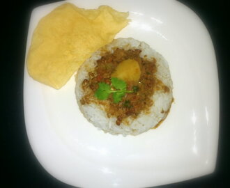 Horse gram curry with steamed rice